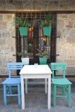 среднеземноморской старый ресторан стоковое изображение rf