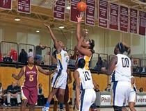 средняя школа девушок баскетбола Стоковое фото RF