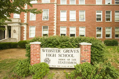 Средняя школа рощ Webster стоковое изображение rf