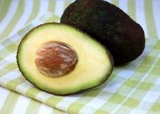 Средства авокадо и авокадо Стоковые Изображения RF