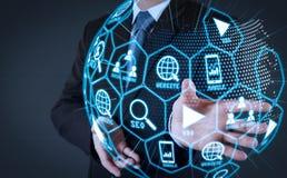 Средства массовой информации маркетинга цифров (объявление вебсайта, электронная почта, социальная сеть, SEO, стоковые изображения rf