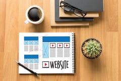 Средства массовой информации WW программного обеспечения чертежа эскиза плана деятельности вебсайта дизайнерские Стоковые Изображения