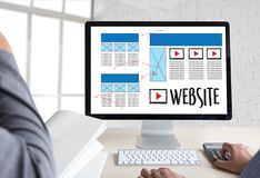 Средства массовой информации WWW программного обеспечения чертежа эскиза плана веб-дизайна и график Стоковые Фото