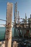 Средиземное море, удить trebuchet типичный побережья Apulian Стоковое фото RF