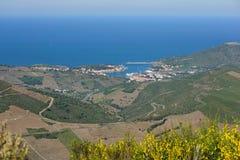 Средиземное море Франция порта-Vendres ландшафта стоковые фото