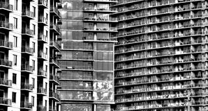 Среди зданий стоковое изображение rf