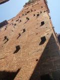 Средневековая башня San Gimignano Стоковые Изображения RF