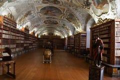 Средневековая библиотека монастыря Strahov Стоковое фото RF