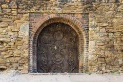Средневековая дверь металла Стоковое Фото