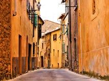 Средневековая итальянская улица Стоковое Фото