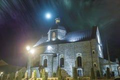 Средневековая церковь в ноче Стоковые Фотографии RF
