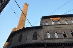 Средневековые башни в болонья Стоковые Фотографии RF
