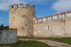 Средневековые руины замка в гибочном устройстве, Приднестровье Стоковое Фото