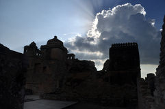 средневековые руины стоковые изображения rf