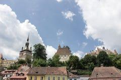 Средневековый взгляд улицы в цитадели Sighisoara, Румынии Стоковая Фотография