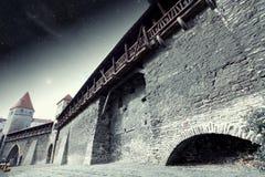 Средневековый городок под звездами Стоковая Фотография RF