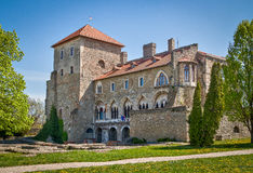 Средневековый замок в Tata, Венгрии Стоковые Изображения
