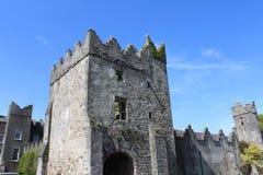 Средневековый замок, руины, Howth, залив Дублина, Ирландия стоковое изображение rf