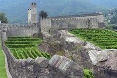 Средневековый комплекс замка Bellinzona, Тичино, Швейцарии Стоковое Фото