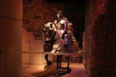 Средневековый рыцарь и его лошадь стоковая фотография rf