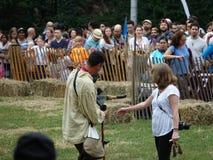 Средневековый соколиный охотник 9 фестиваля 2016 Стоковая Фотография RF