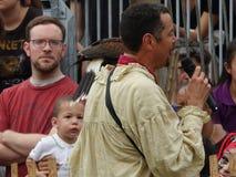 Средневековый соколиный охотник 13 фестиваля 2016 Стоковое фото RF