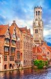 Средневековый фургон Brugge Бельфора колокольни Стоковые Фото