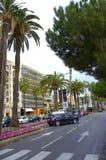 Среднеземноморской взгляд улицы города Стоковая Фотография