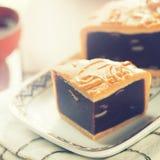Средний mooncake еды фестиваля осени Стоковое Фото