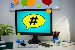 Средства массовой информации сети сети столба Hashtag вирусные маркируют дело Стоковая Фотография RF