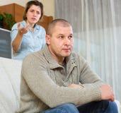 Ссора пар дома Стоковая Фотография