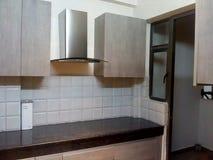 стальная кухня шкафа камина стоковая фотография