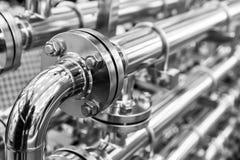 Стальной трубопровод воды, хром пускает по трубам, крупный план стоковое фото