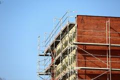Стальные леса используемые для ремонтных работ façade стоковая фотография rf