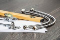 Стальные штуцеры воды для гидравлической системы стоковая фотография rf