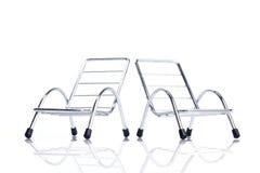 сталь 2 стула близкая серебряная вверх стоковые изображения rf