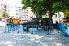 Стамбул, 15-ое июля 2017: Военное транспортное средство в квадрате Sultanahmet в Стамбуле Усиливать мер безопасности во время Стоковые Изображения