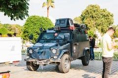 Стамбул, 15-ое июля 2017: Военное транспортное средство в квадрате Sultanahmet в Стамбуле Усиливать мер безопасности во время Стоковая Фотография