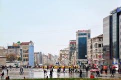 Стамбул, Турция - 23-ье ноября 2014: Взгляд Taksim - придайте квадратную форму в центральном Стамбуле Стоковое Изображение