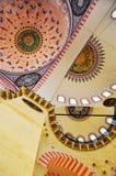 Стамбул, Турция - 23-ье ноября 2014: Интерьер мечети Suleymaniye Стоковая Фотография