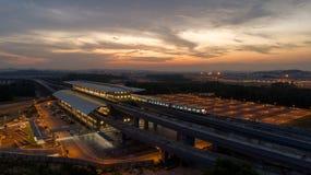 Станция быстрого переезда МАССЫ MRT в Kwasa Damansara стоковая фотография rf