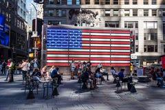 Станция вооруженных сил страны США завербовывая в Таймс площадь в Нью-Йорке c стоковое изображение rf