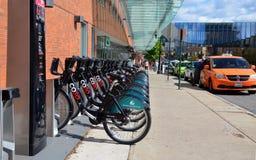 Станция в Колумбусе, OH проката велосипедов CoGo стоковая фотография