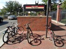 Станция метро Гарварда, квадрат Гарварда, Кембридж, Массачусетс, США стоковая фотография