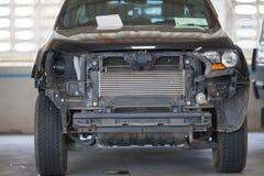 Станция ремонта автомобиля в гараже подготовила для ремонта Стоковые Фотографии RF