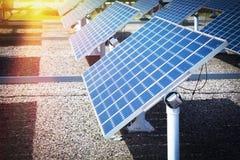 Станция солнечной энергии стоковые фотографии rf