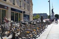 Станция Velib арендная в Париже Стоковое Изображение