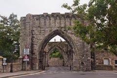 Старая арка в Сент-Эндрюсе, Шотландии, Великобритании Стоковое Изображение