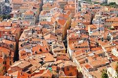 Старая архитектура городка славного на французской ривьере Стоковое Фото