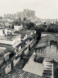 старая архитектура и новое строя сплавливание стоковые фото